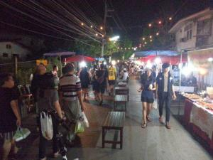 phrae-night-market05